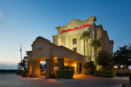 Exterior | Hampton Inn & Suites Pharr
