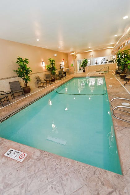 Pool | Hampton Inn & Suites Exeter, NH