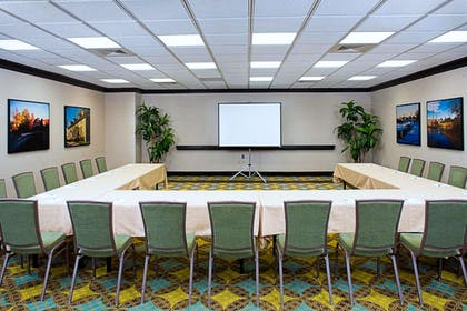 Meeting Room | Hampton Inn & Suites Exeter, NH