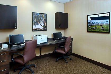 Business Center | Hampton Inn & Suites Exeter, NH