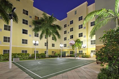 Recreational Facility | Homewood Suites by Hilton Miami - Airport West