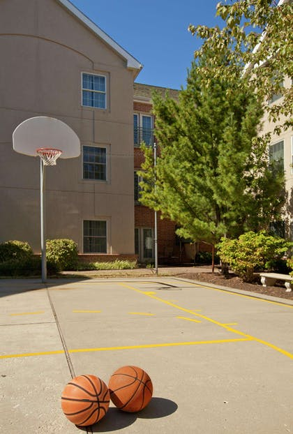 Recreational Facility | Homewood Suites by Hilton Kansas City-Airport