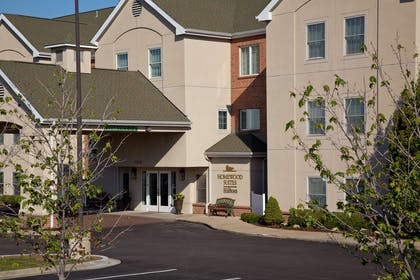 Exterior | Homewood Suites by Hilton Kansas City-Airport