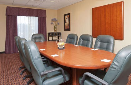 Meeting Room | Hampton Inn & Suites Moline-Quad City International Airport