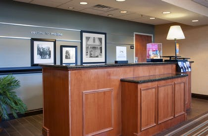 Reception | Hampton Inn & Suites Moline-Quad City International Airport