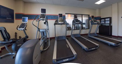 Health club | Hampton Inn & Suites Woodstock, VA