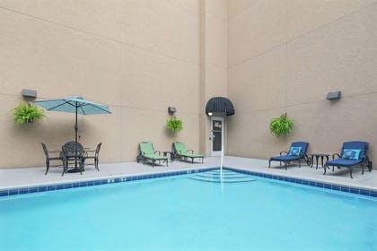Pool | Hampton Inn Fairhope-Mobile Bay