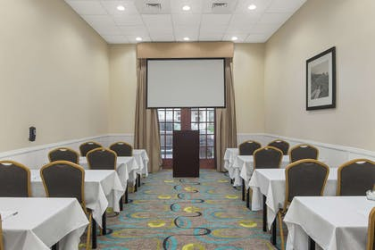 Meeting Room | Hampton Inn Fairhope-Mobile Bay