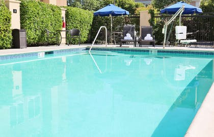 Pool | Hampton Inn & Suites Modesto-Salida