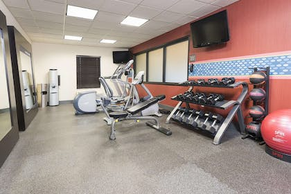 Health club | Hampton Inn Mt. Pleasant