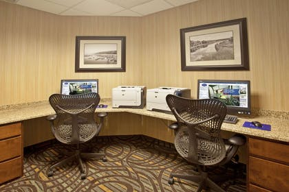 Business Center | Hampton Inn & Suites MSP Airport/ Mall of America