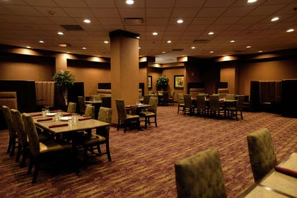 Restaurant | Embassy Suites by Hilton Minneapolis North