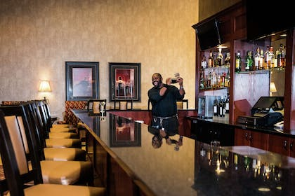 BarLounge | Embassy Suites by Hilton Minneapolis North