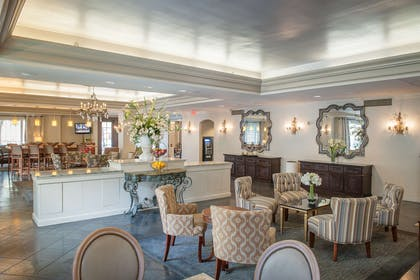 Reception | Hampton Inn New Orleans-St. Charles Ave./Garden District, LA