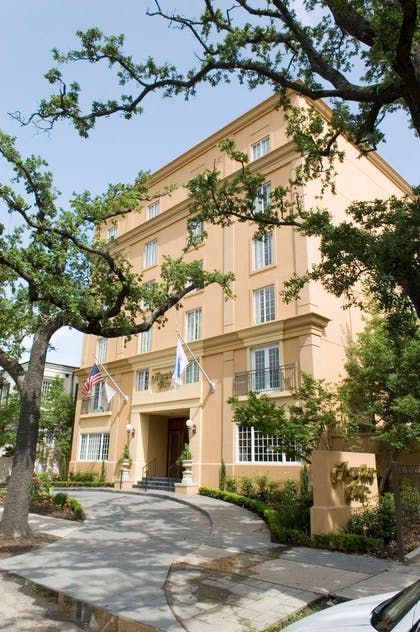 Exterior | Hampton Inn New Orleans-St. Charles Ave./Garden District, LA