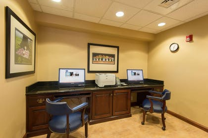 Business Center | Hampton Inn Mount Airy
