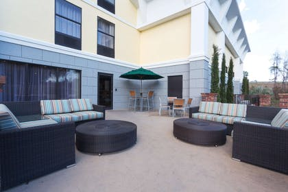 Exterior | Hampton Inn Harbourgate