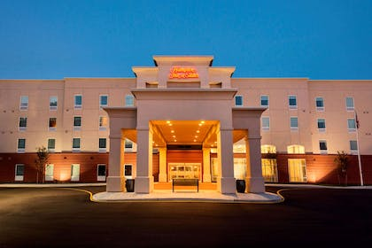 Exterior | Hampton Inn & Suites Wilmington Christiana