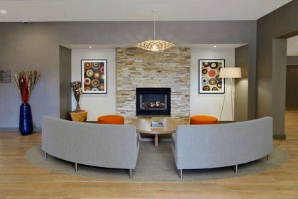 Lobby | Homewood Suites by Hilton Newark/Fremont