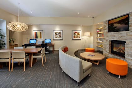Business Center | Homewood Suites by Hilton Newark/Fremont