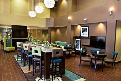 Lobby | Hampton Inn & Suites Salt Lake City/Farmington