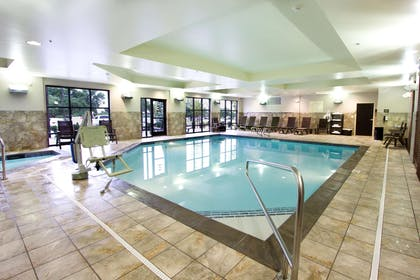 Pool | Hampton Inn & Suites Salt Lake City/Farmington