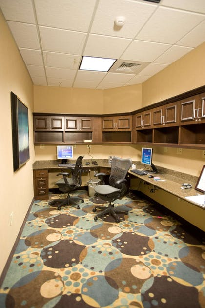 Business Center | Hilton Garden Inn Omaha East/Council Bluffs