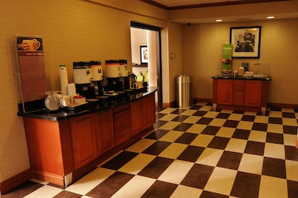 Restaurant | Hampton Inn Omaha West-Lakeside