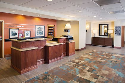 Reception | Hampton Inn & Suites Lancaster