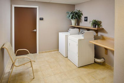 Property amenity | Hampton Inn & Suites Lancaster