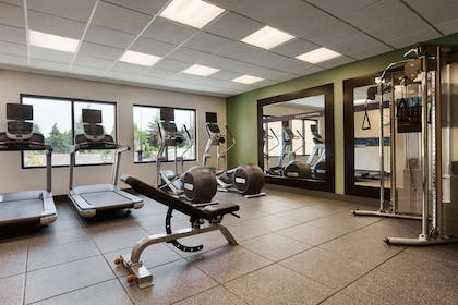 Health club | Hampton Inn & Suites Portland/Hillsboro-Evergreen Park, OR
