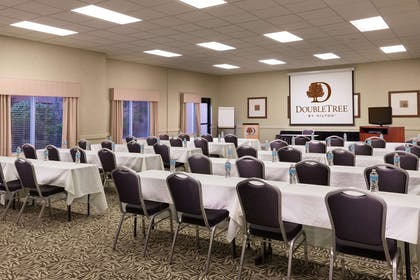 Meeting Room | DoubleTree by Hilton Hotel Portland - Tigard