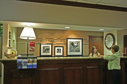 Reception | Hampton Inn & Suites Pigeon Forge On The Parkway
