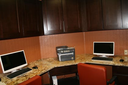 Business Center | Hampton Inn & Suites Phoenix/Gilbert