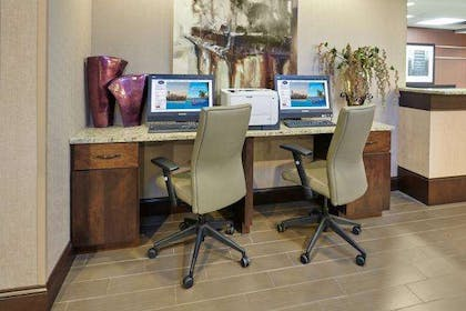 Business Center | Hampton Inn Peoria-East At The River Boat Crossing