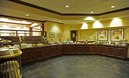 Restaurant | DoubleTree by Hilton Hotel Pittsburgh - Green Tree