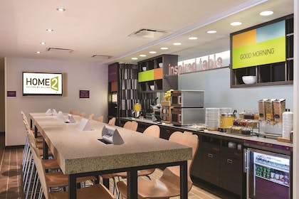 Restaurant | Home2 Suites by Hilton Pittsburgh Cranberry, PA