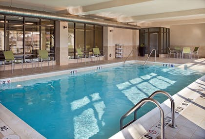 Pool | Hampton Inn & Suites Pittsburgh/Waterfront-West Homestead