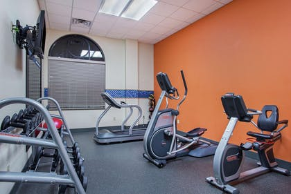 Health club | Hampton Inn Pikeville