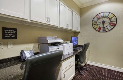 Business Center | Hampton Inn Pikeville