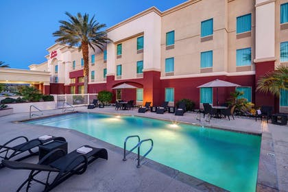 Pool | Hampton Inn & Suites Palm Desert