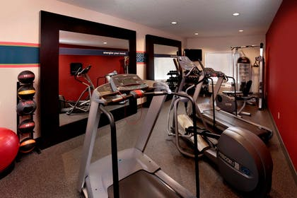 Health club fitness center gym | Hampton Inn & Suites Paso Robles