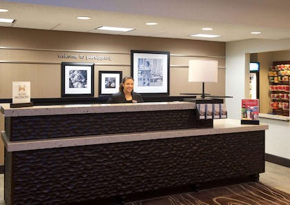 Reception | Hampton Inn Parsippany