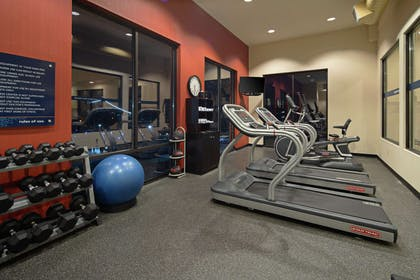 Health club | Hampton Inn & Suites Bremerton