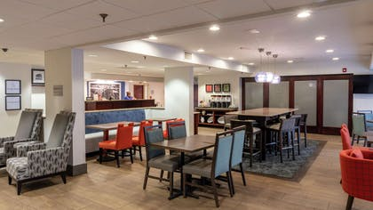 Lobby | Hampton Inn Rock Hill