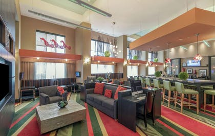 Lobby | Hampton Inn & Suites Raleigh/Crabtree Valley