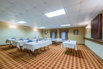 Meeting Room | Hampton Inn Raleigh/Clayton I-40
