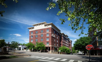 Exterior | Hampton Inn & Suites Raleigh Downtown