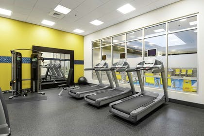 Health club | Hampton Inn & Suites Raleigh Downtown