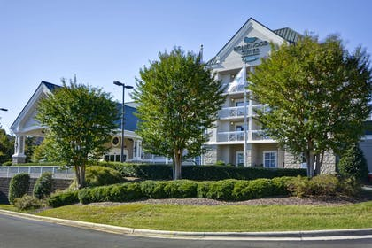 Exterior | Homewood Suites by Hilton Durham-Chapel Hill / I-40